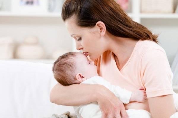 Лечение бронхита у кормящей мамы