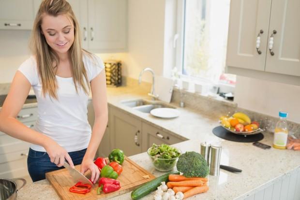 Диета «стол 3»: особенности лечебного питания при хронических заболеваниях кишечника и запорах