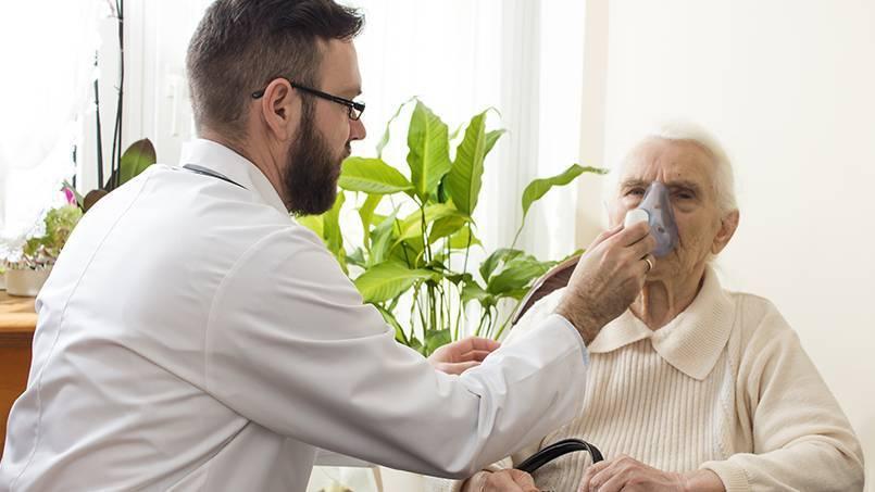 Причины повышения температуры при бронхиальной астме и тактика лечения
