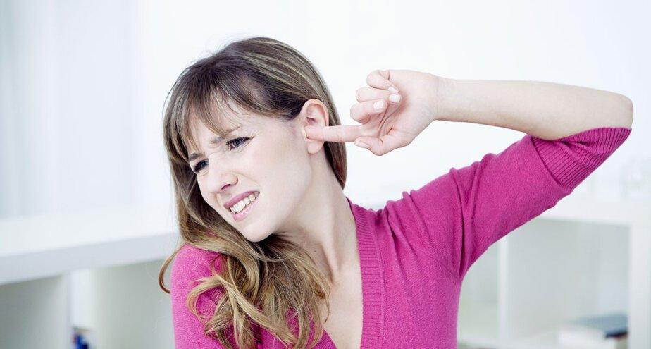 Как лечить ухо камфорным маслом взрослому