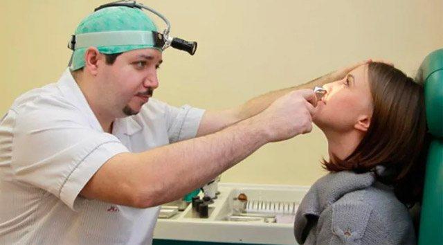 Как проявляется грибок на лице и способы лечения