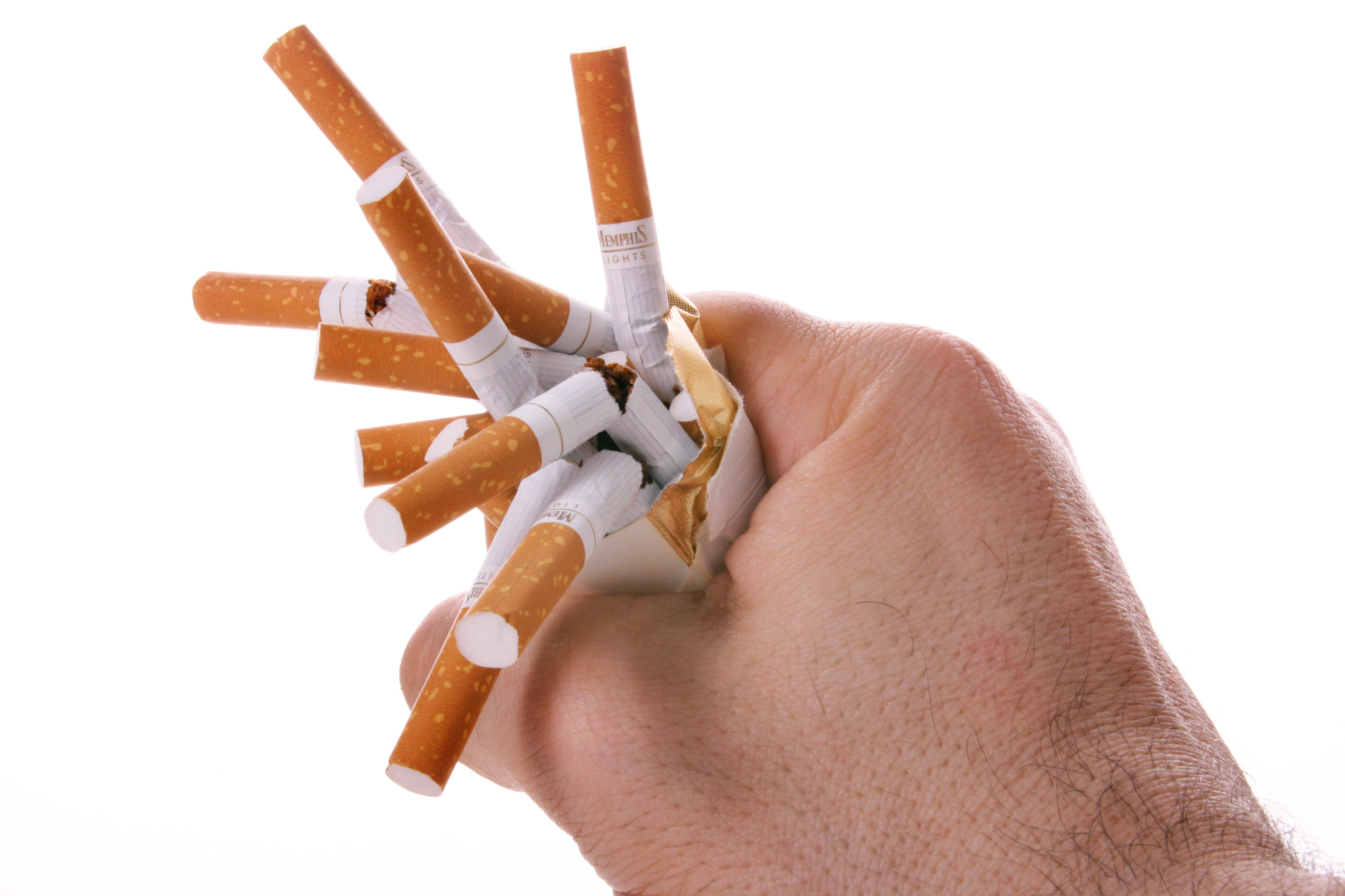 Опасность курения при пневмонии и после болезни