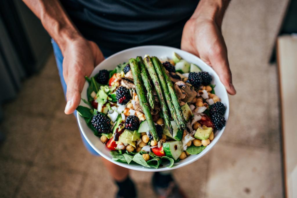 Питание после лечения радиоактивным йодом. особенности безйодовой диеты перед радиойодтерапией. особенности меню безйодовой диеты