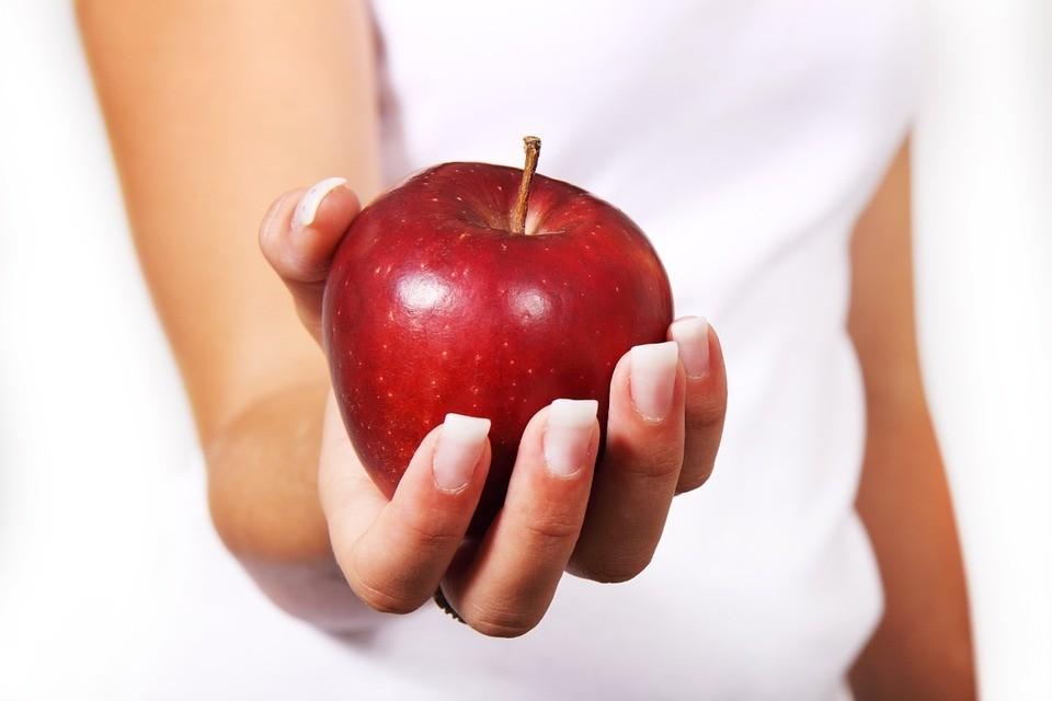 Кефирно-яблочная диета: меню на 3, 7, 9, 14 дней, результаты и фото