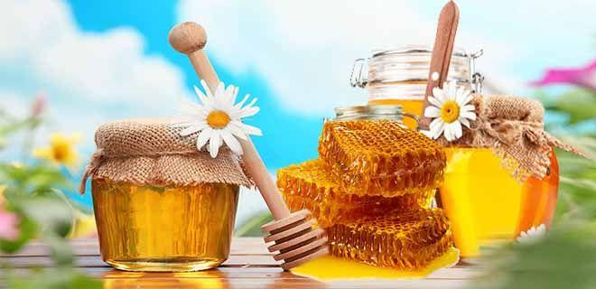 Мед и сахар: оба сладкие, но какой продукт лучше?