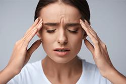 Причины головной боли давящей на глаза и виски