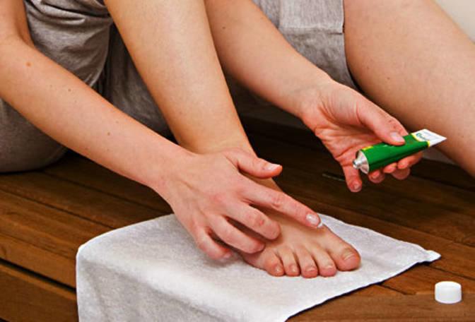 Пяточная шпора: симптомы и лечение в домашних условиях