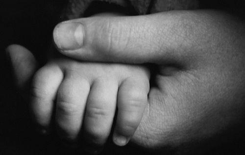 Должен ли пульсировать родничок у грудничка