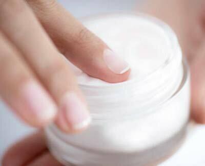 Как избавляться от заусенцев на пальцах? причины появления и методы лечения