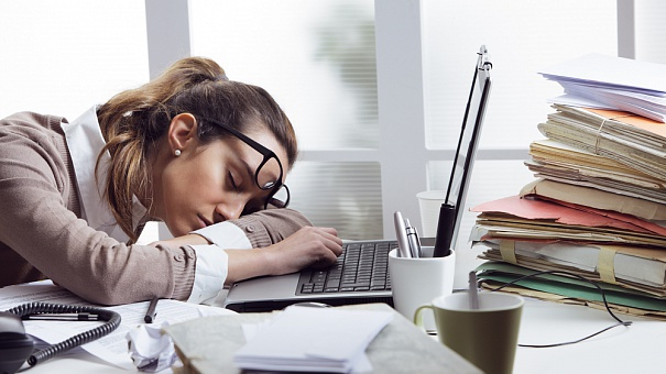 Синдром хронической усталости: что это, симптомы, признаки и лечение