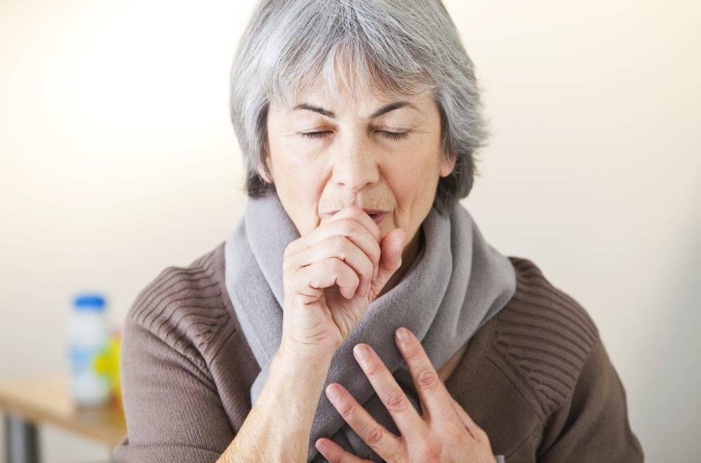 Двустороннее воспаление легких у пожилых людей: характеристика, симптомы, лечение