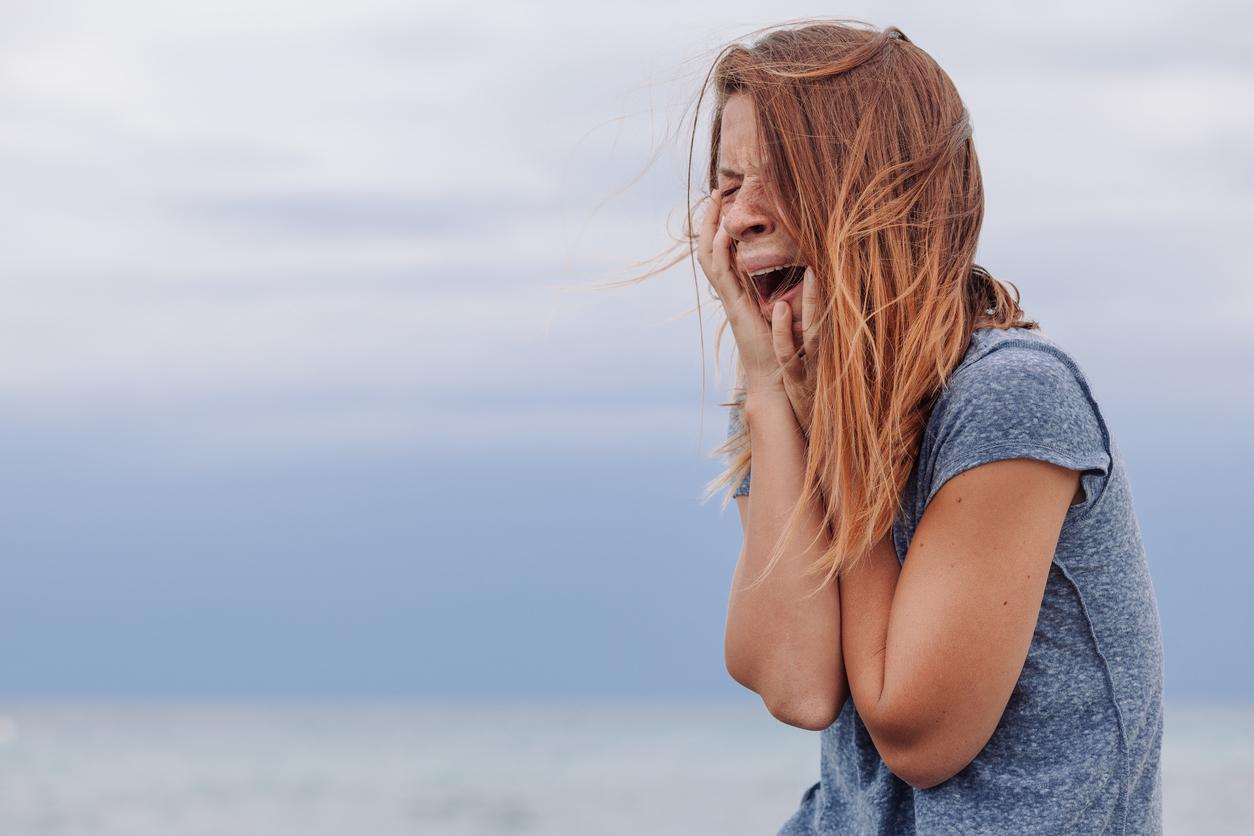 Признаки депрессии у подростков и ее причины — как помочь выйти из нее
