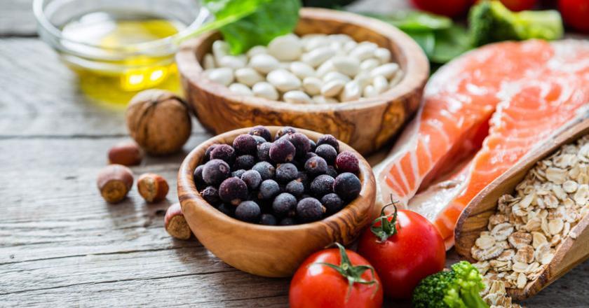 Принципы питания при гипертиреозе щитовидной железы: меню и подробный рацион питания