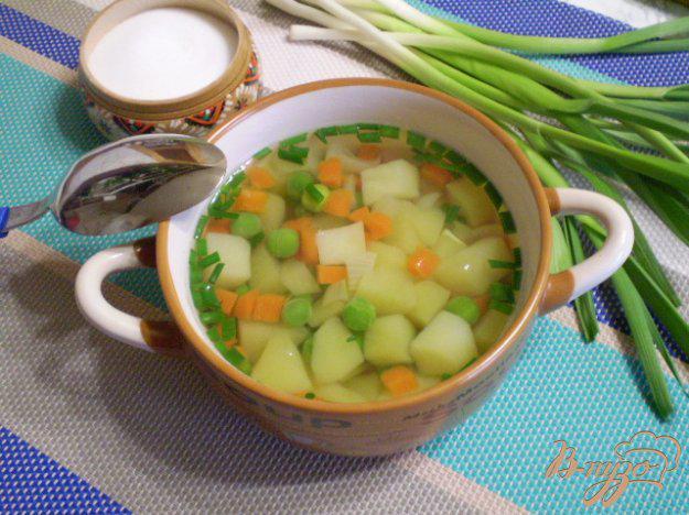 Рецепт для вкусного и легкого похудения: диетический куриный суп с яйцом