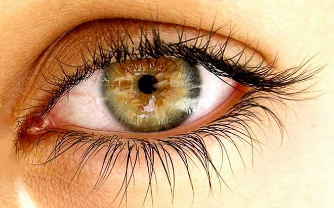 Нервный тик глаза: причины и лечение