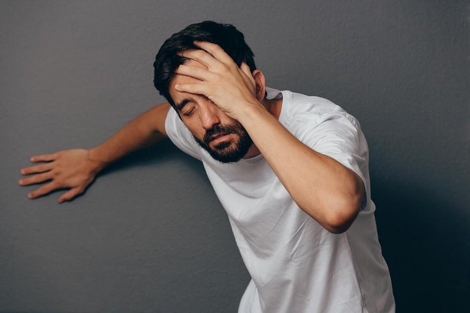 Резко закружится голова и тошнота — причины