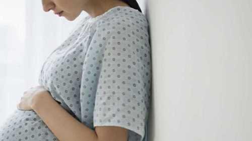 Анестезия при кесаревом сечении и родах —  подготовка, осложнения после наркоза