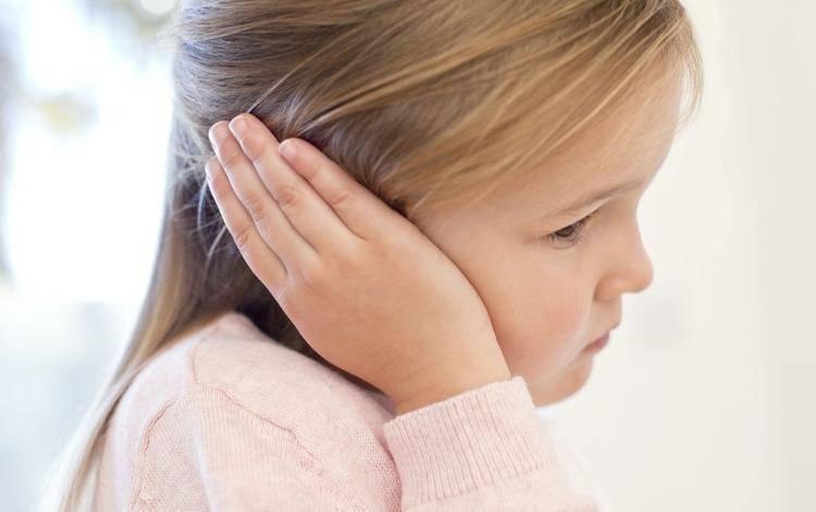 Болит ухо внутри – что делать