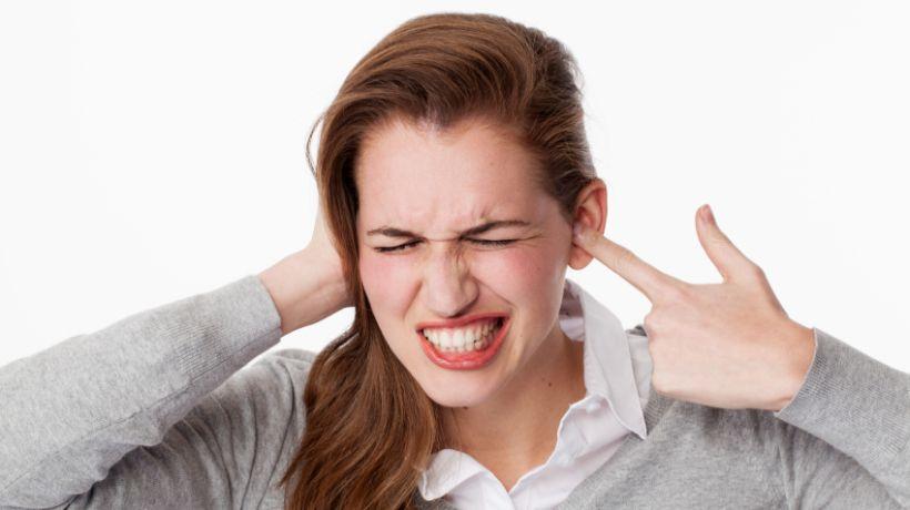 Пульсация крови в ушах