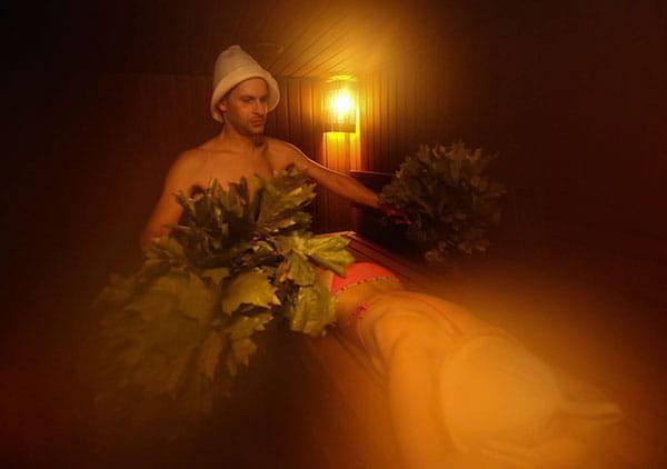 Совместимость бронхиальной астмы и бани: приготовление трав