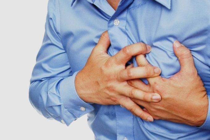 Основные причины, почему в положении лежа начинается или усиливается кашель
