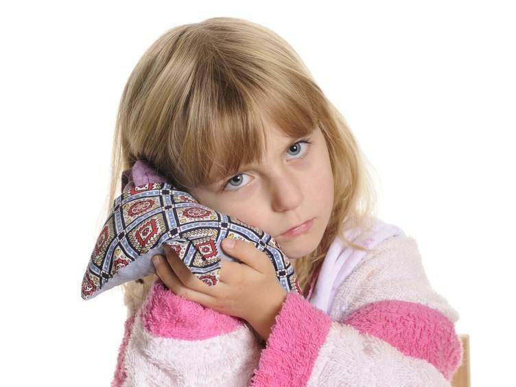 Камфорное масло при отите: лечение уха дома у взрослых и детей