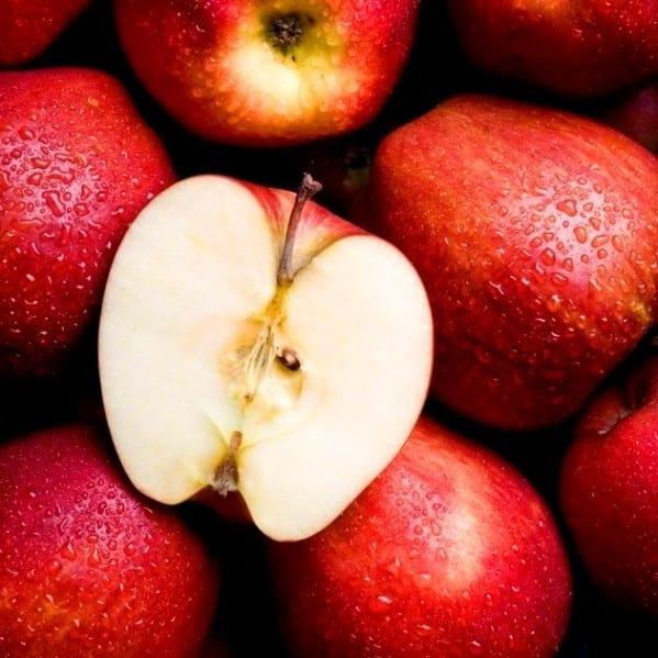 Популярная диета на кефире и яблоках: от 1 до 9 дней, чтобы похудеть