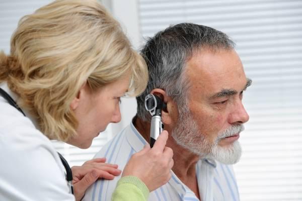Отит — что это такое, виды, симптомы у взрослых, лечение отита уха