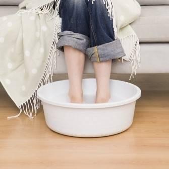 Можно ли парить ноги при бронхите взрослым