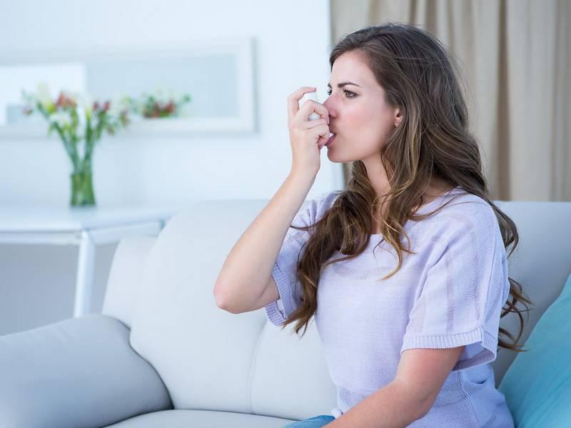 Как опознать и лечить астматический кашель?