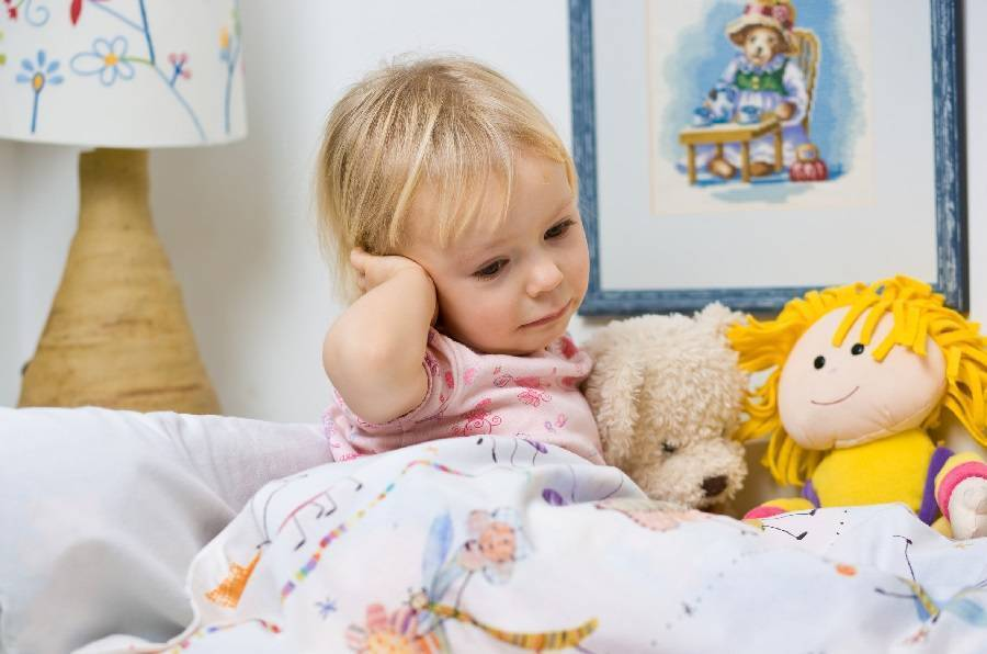 Отит среднего уха у детей – симптомы и лечение
