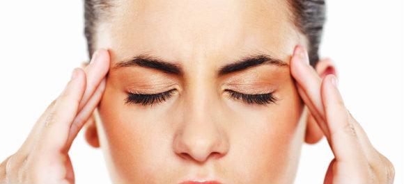 Основные причины головной боли в области лба и висков