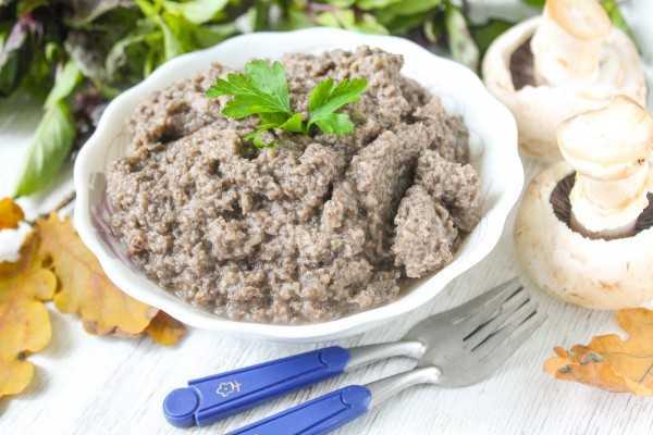 Густой и вкусный. диетический суп-пюре из шампиньонов