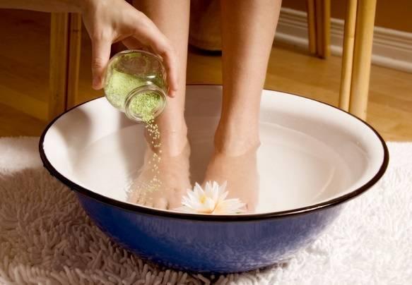 Вопрос №35 — насколько безопасно парить ноги при бронхите?