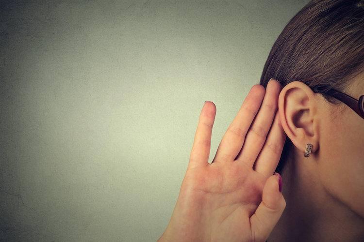 Что делать, если от насморка заболело ухо