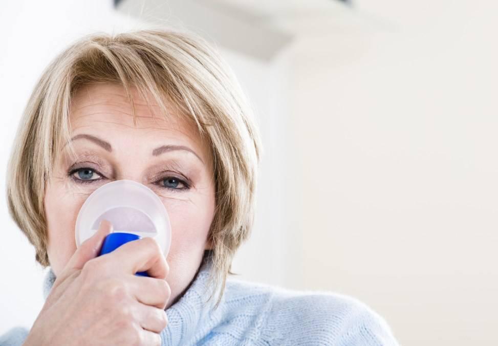 Кашель при трахеите: сколько длится, чем лечить у взрослых и детей, препараты