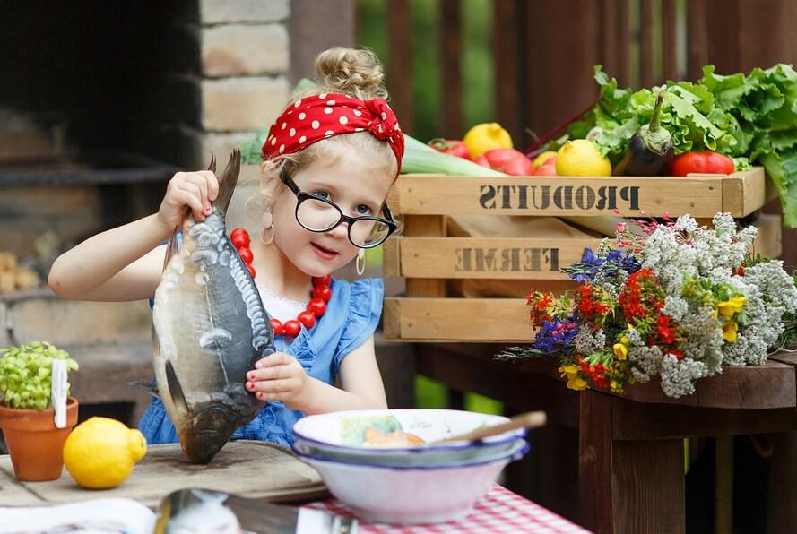 Рыба в детском рационе, когда и какую рыбу давать ребенку