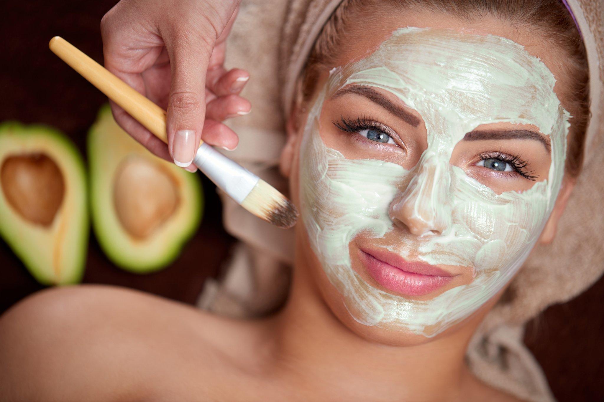 Маска для лица увлажняющая в домашних условиях: маски для лица - питательные, очищающие, отбеливающие и увлажняющие