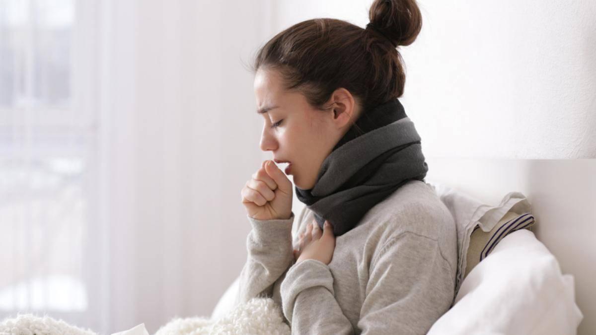 Болит ли спина при пневмонии: причины и решение проблемы