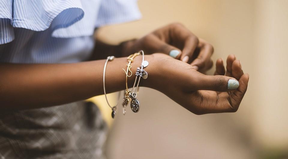 Заусенцы на пальцах рук: чем лечить. как избавиться от заусенцев в домашних условиях - onwomen.ru