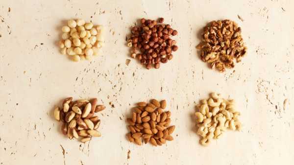 Почему нельзя есть много орехов?