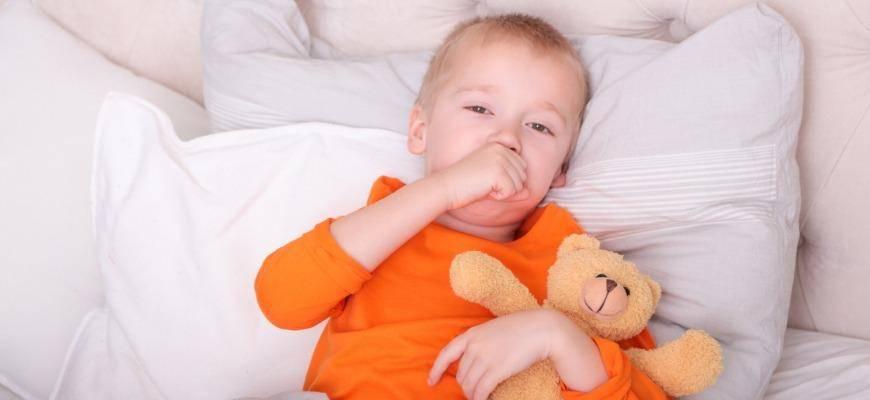 Причины появления кашля по утрам у ребенка и методы его лечения