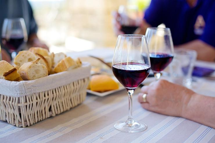 Как влияет вино на потенцию у мужчин?