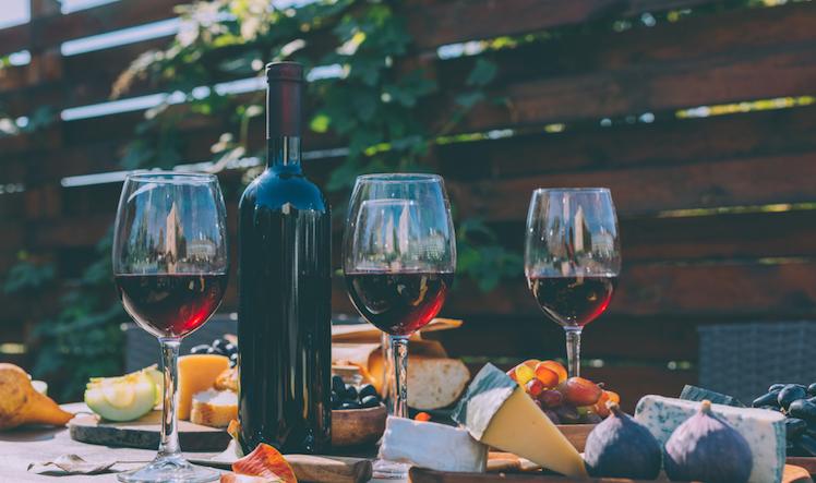 Красное вино: польза и вред для организма