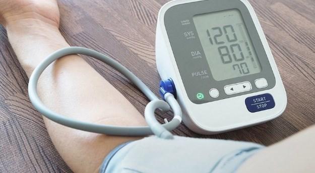 Норма пульса и давления по возрастам у мужчин и женщин + таблицы
