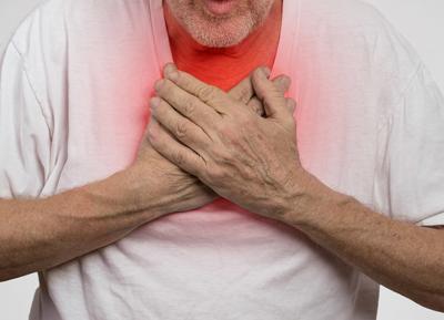 Почему развивается воспаление легких у лежачих пожилых людей?