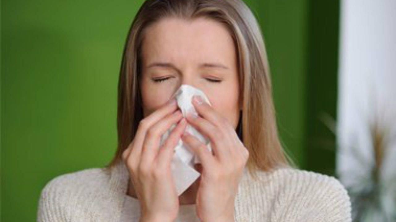 Сухой кашель у ребенка без температуры: чем лечить, народные средства