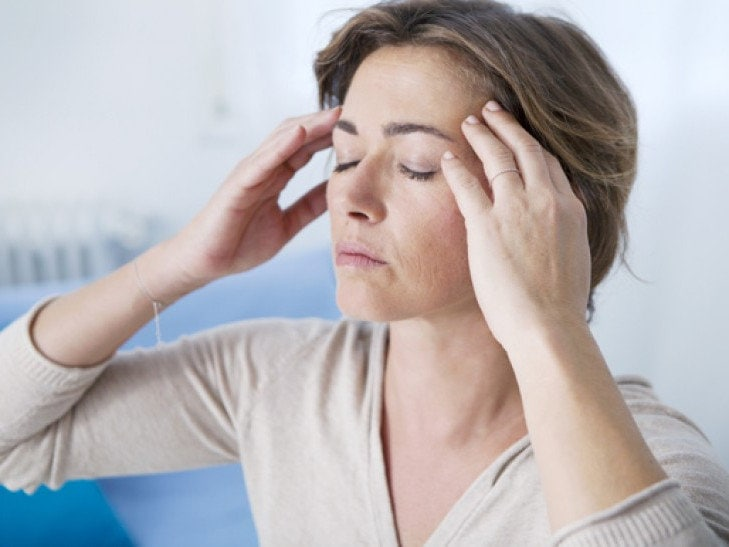 Причины головной боли в висках и лобной части