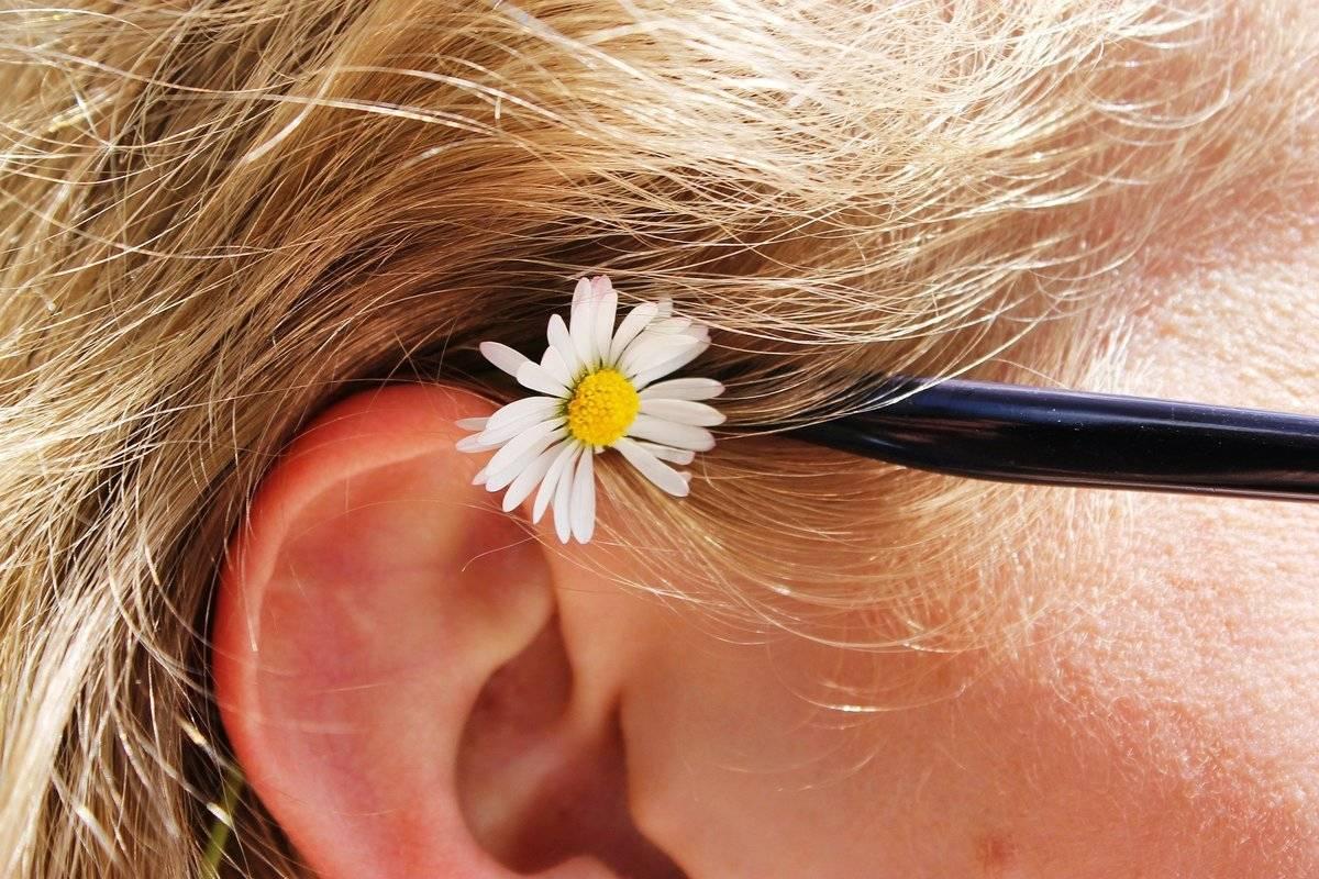Борная кислота в ухо ребенку: применение в компрессах и турундах, как капать