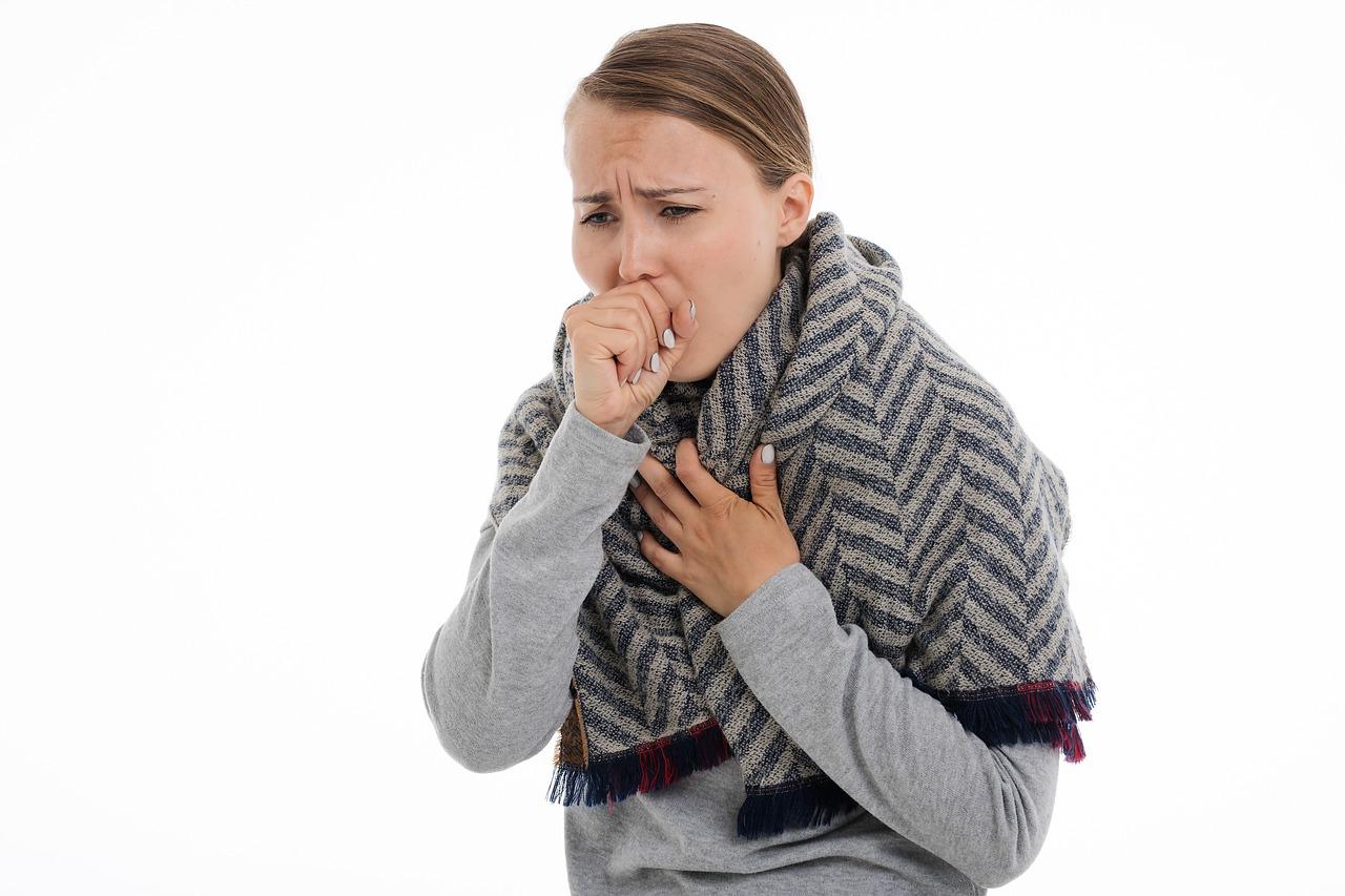 Какой кашель при пневмонии и как его распознать
